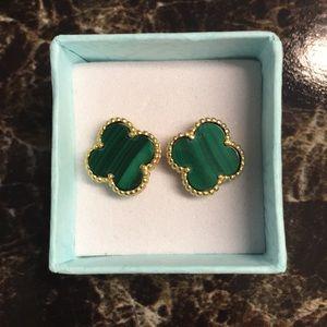 Jewelry - Four clover leaf in malachite green